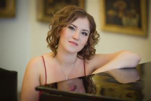 Сила интеллектуальной музыки. Вечер классики с оркестром и пианисткой-виртуозом Марией Ким прошел в СЦКиИ