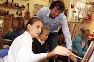 В изостудии СЦКиИ прошел заключительный мастер-класс для одаренных детей