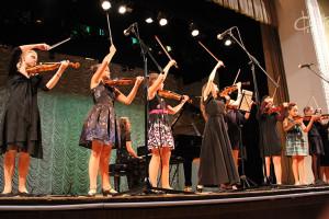 Перфоманс, выставка и концерт: Международный День музыки отпраздновали в СЦКиИ