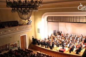 Вторая встреча севастопольцев с оркестром Крымской филармонии в рамках 79-го абонементного сезона состоялась в СЦКиИ