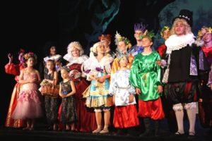 Народный театр «Фарт» СЦКиИ побывал в «Сказочном королевстве»