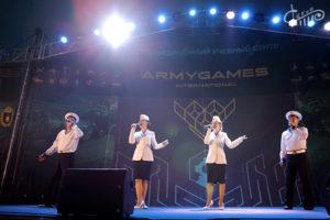 Ансамбль «Жар-Птица» на закрытии международных армейских игр в Севастополе