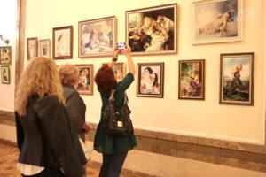 Выставка вышитых картин севастопольского клуба вышивальщиц «Moulin.net»