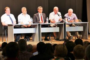 В СЦКиИ прошла встреча первых лиц города с кандидатами в Общественную палату Севастополя