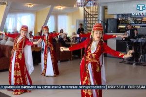 """Ансамбль """"Акъяр"""" присоединился к празднованию Дня пожилых людей"""