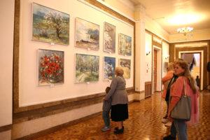 Выставка картин к юбилею художника-пейзажиста Владимира Кучеренко