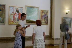 Выставка картин Анны Кушнир открылась в СЦКиИ