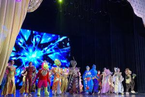 Артисты СЦКиИ показали спектакль «Аладдин» в Симферополе